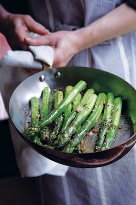 green-asparagus-with-brown-butter